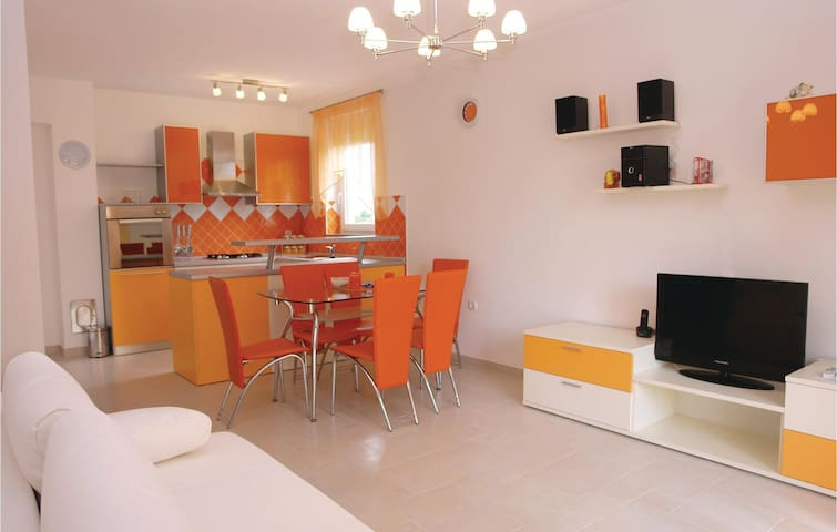 Holiday apartment with 1 bedroom on 50m² in Fazana