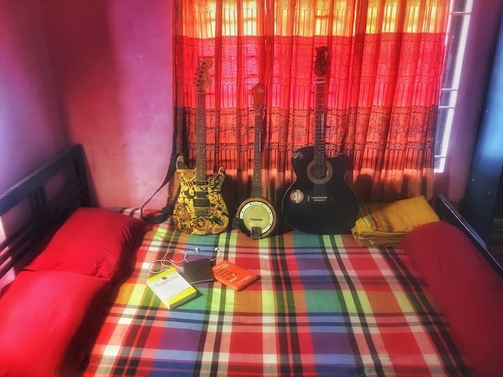 Dhaka Cozy Nest (Music,Food,Travelling,Comfort)