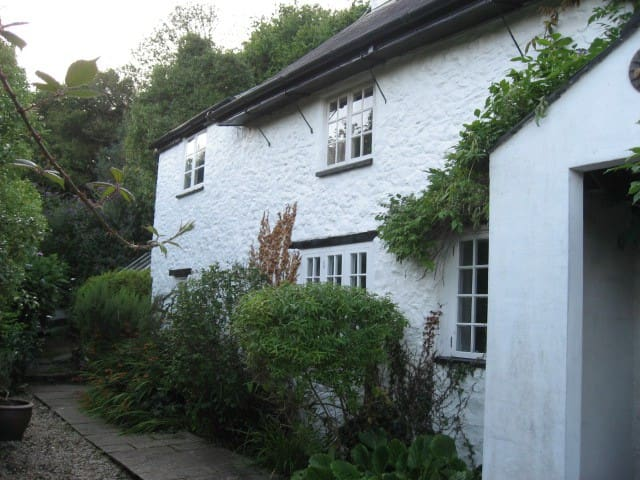 The old half of Summerlands cottage - Harcombe Bottom - Σπίτι