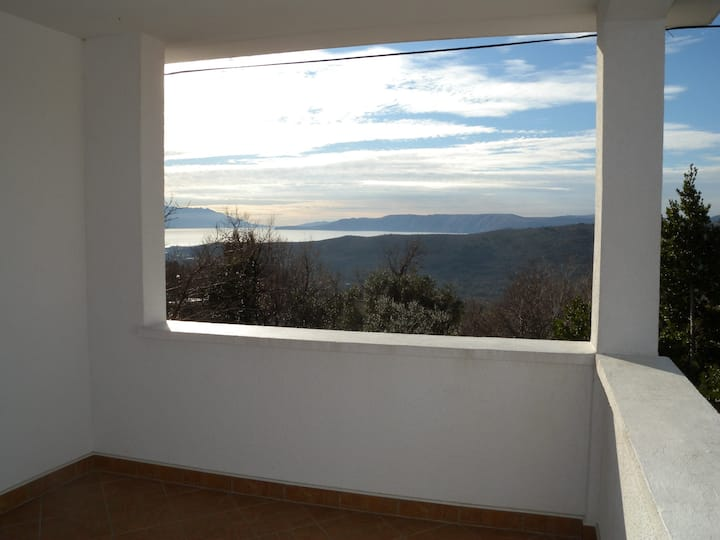 House for 4 persons with WLAN in Bribir R52790