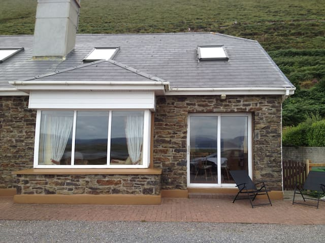 Front of house, sea views onto Rossbeigh