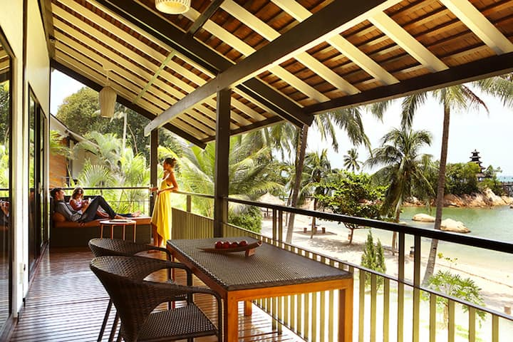 Riani Deluxe Beachfront @Turi Beach Resort