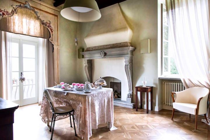 B&B Dimora XV sec. Bergamo Alta Suite