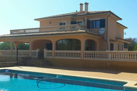 Country villa with swimmingpool - 07330 - Willa