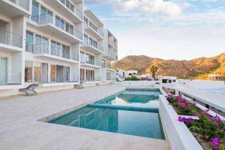 Luxury 2 Bed Condo + Amazing Cabo View + pool