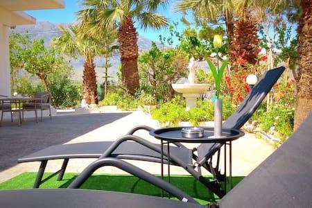 Christianna House ( Sea View & Tropical Garden).