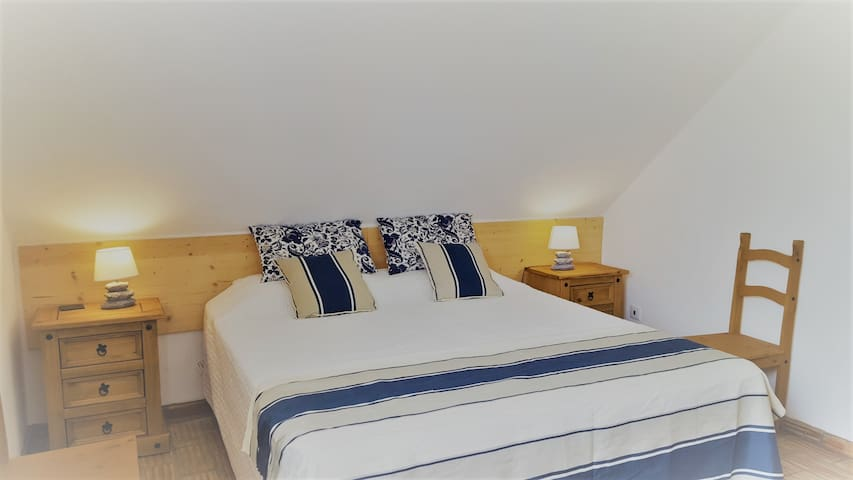QV  B&B B3  Double or Twin. Large Ensuite Bathroom - Loulé - Bed & Breakfast