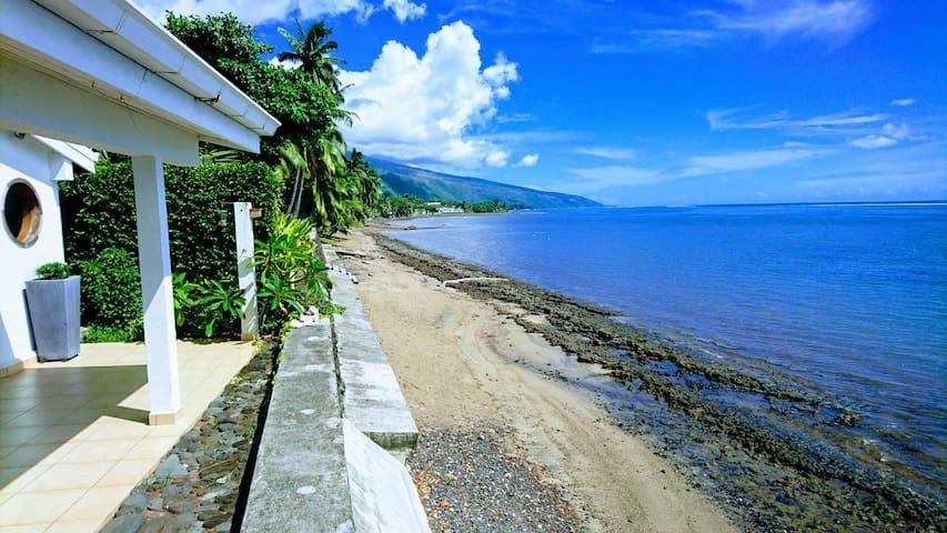 La Villa Vahineria bord de lagon 2ch