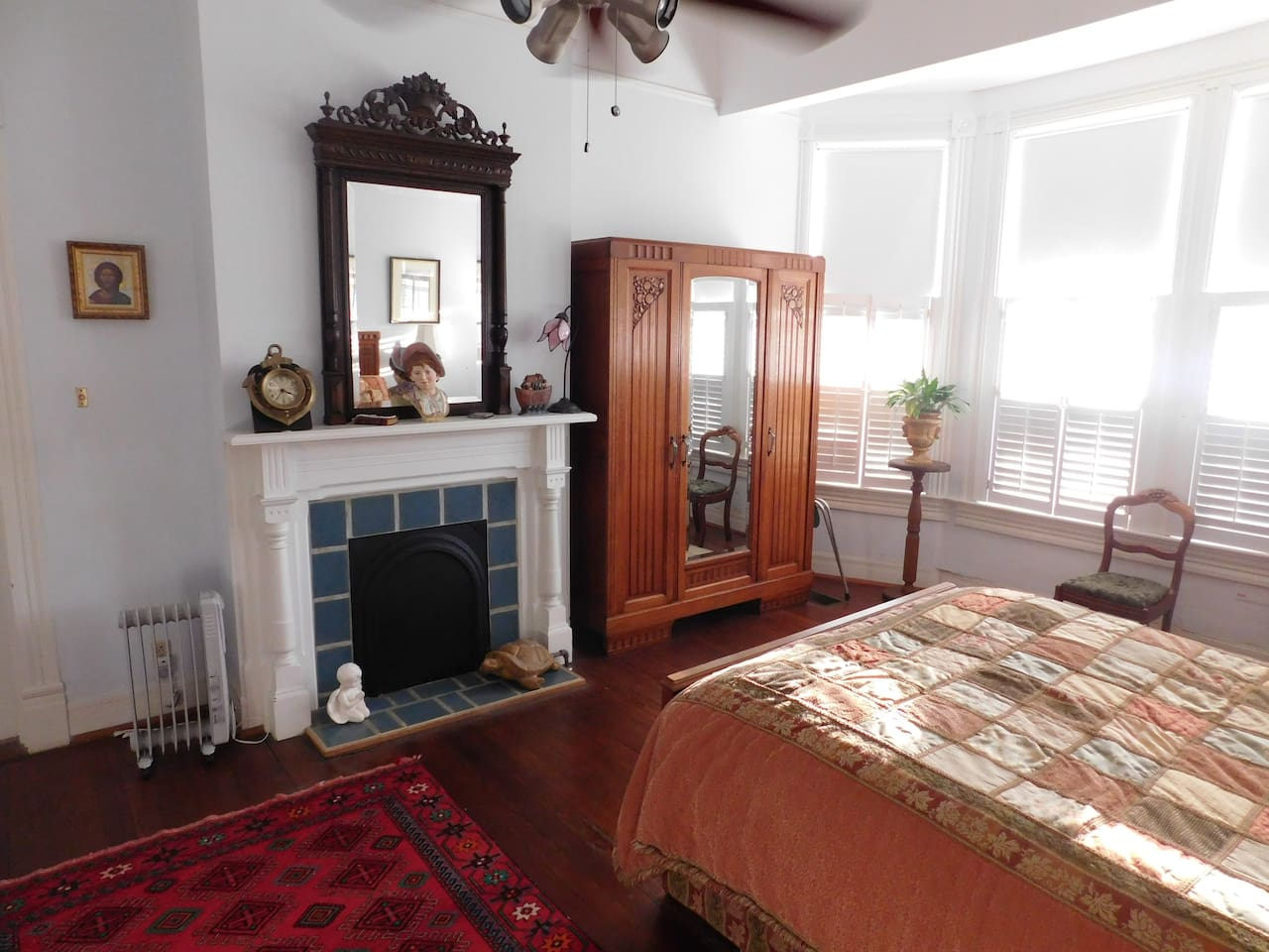1858 Spanish Bay Deluxe room with queen size bed