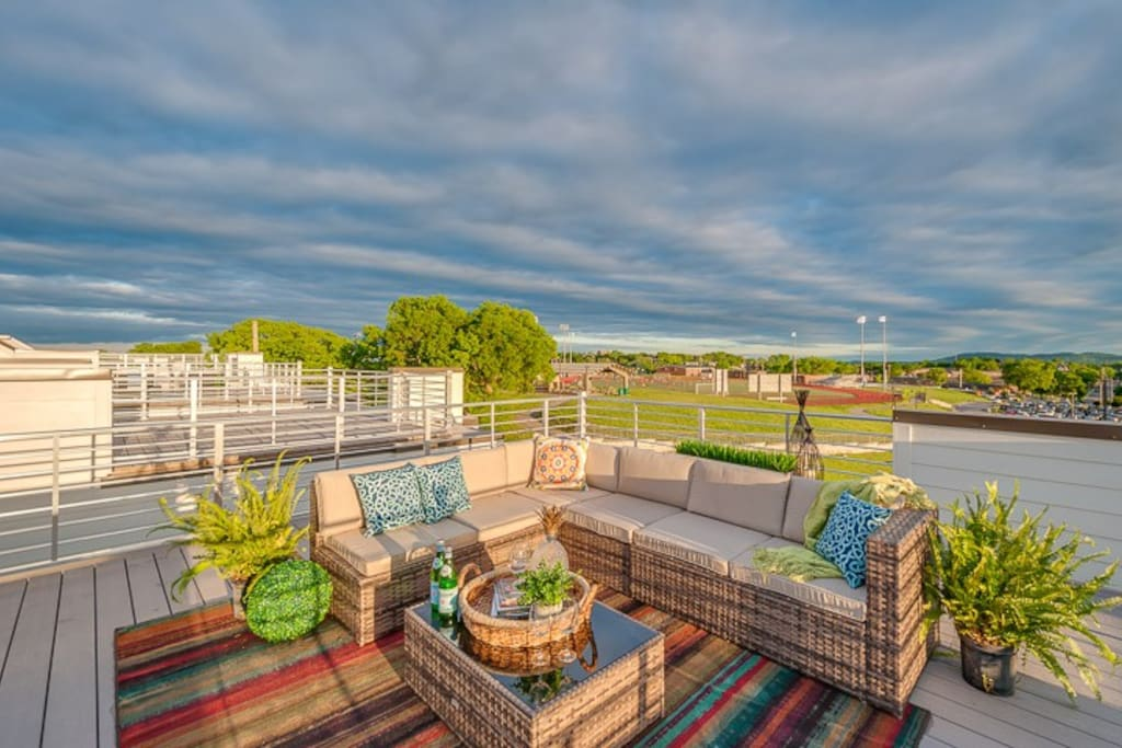 The rooftop deck showcases skyline views