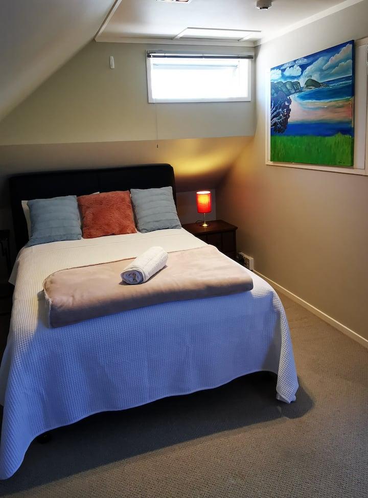 Regent Residential Villa --Upstairs Bedroom