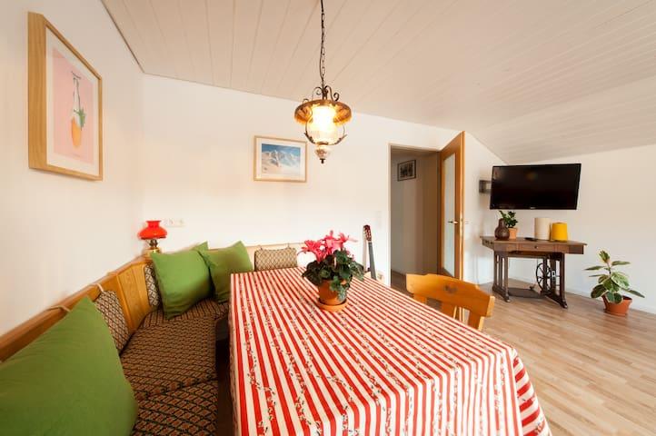 Ferienhaus Neuschwanstein - Apartment Bergblick - Schwangau - Apartemen