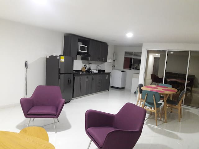 Nice apartment in Medellín 9 min close to poblado