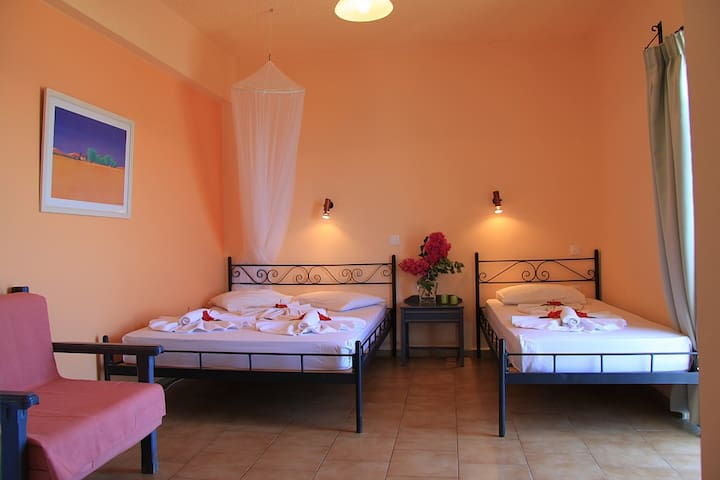 Sunset Rooms Falassarna: triple room with sea view - Phalasarna - Appartement