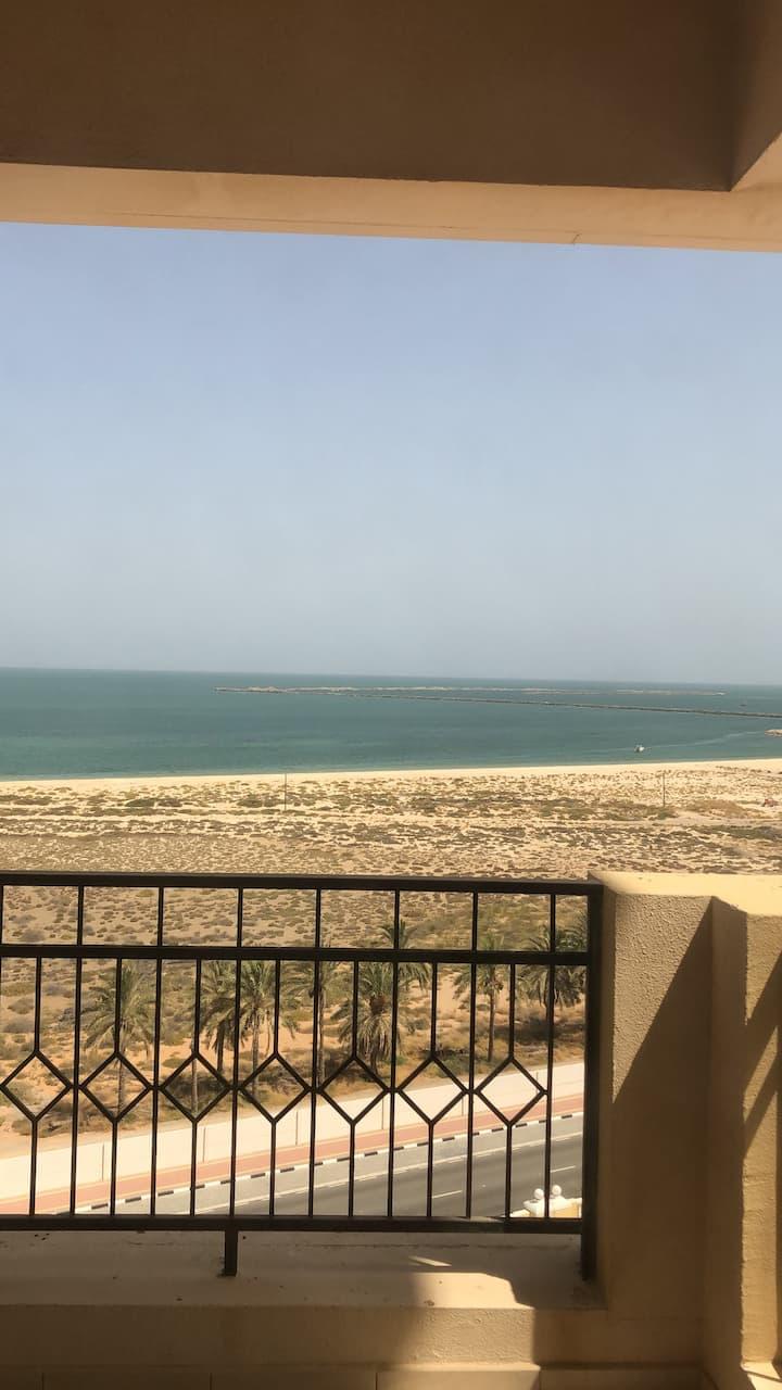Two bedroom apartment - amazing sea views