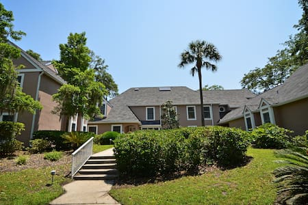 Charming Villa in Shipyard! Full Villa Use! - Hilton Head Island