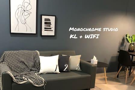 KL Monochrome Studio | WIFI | Car park | TV Box
