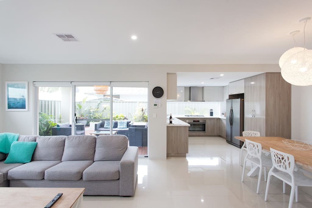 ducted air con throughout the home - cool in summer and warm in winter