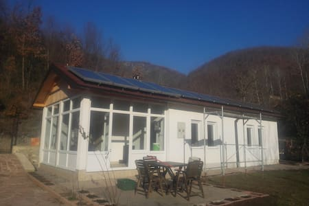 Karadaku Guest House in Kosovo - House