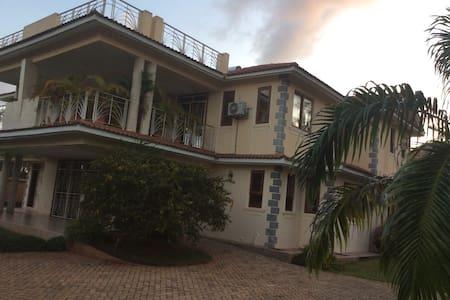 Vipingo Royal Home. An Amazing home - มอมบาซา - วิลล่า