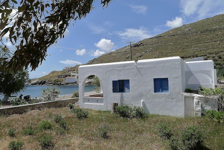 Grèce :Maison de plage Cyclades Ile de Kythnos - Kithnos