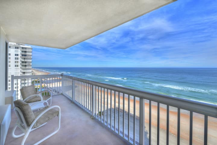 Daytona Beach Resort-Oceanfront Private Balcony in Daytona Beach