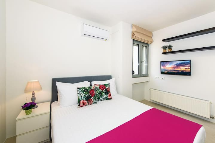 VIVIAN Apartments - Standard 2 - Sea view Rethymno