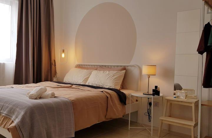 Master bedroom @Lake-garden park