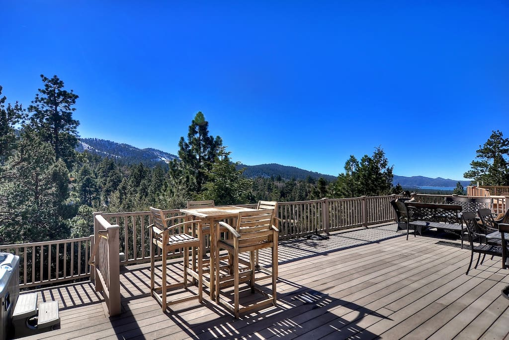 Huge deck with panoramic views