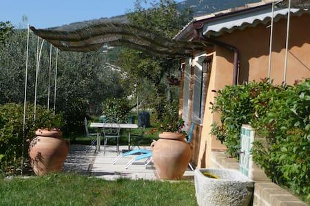 camera matrimoniale l'acero - San Donato Val di Comino