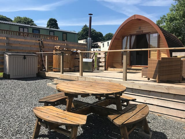 The Galloway Lodge Pod with wood burning hot tub