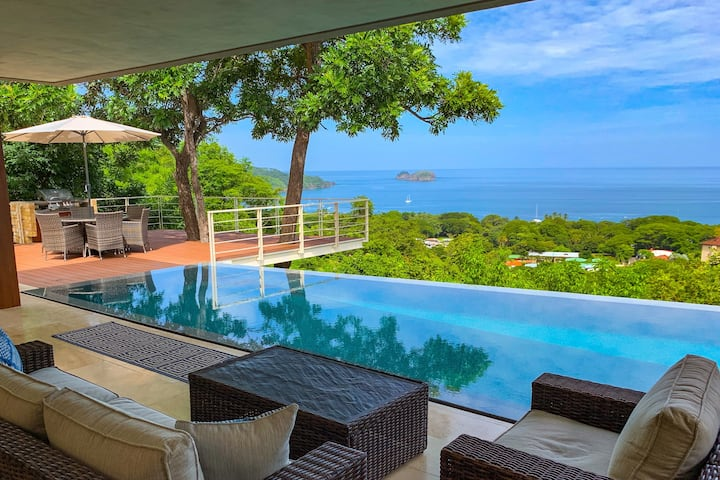 Newly Built Luxury Villa -Picture Perfect View!!