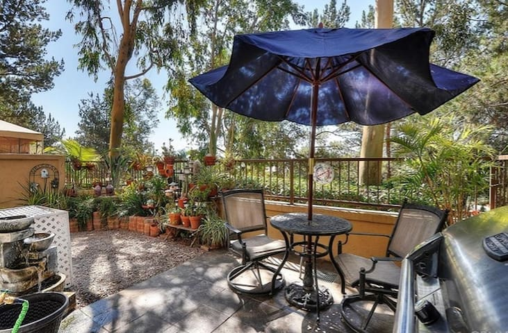 Cozy 2 bedroom Town Home - Rancho Santa Margarita - Adosado