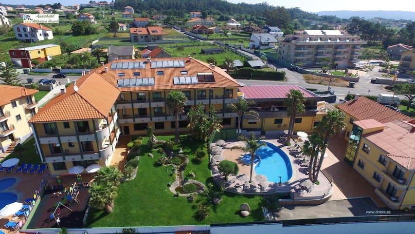 Apartamento 2 dormitorios vistas piscina/jardin