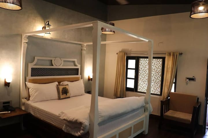 Four Bed Deluxe room | Four B & B Family Stay at Mount Abu