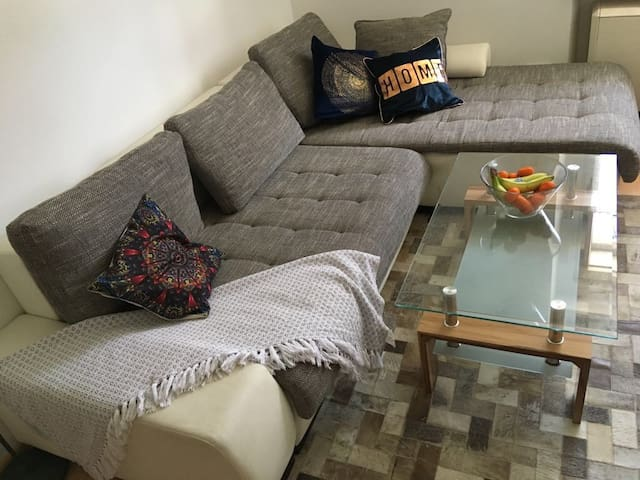 Lovely and super Cozy Apartment up to 6 guests