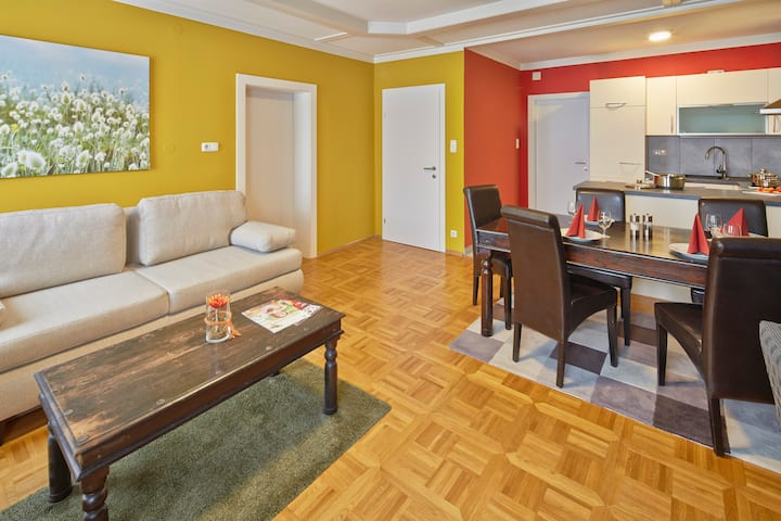 Apartment Ardagger (Your own Flat)