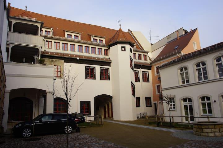 Kleines Apartment mit großer Geschichte - Meißen - บ้านพักตากอากาศ