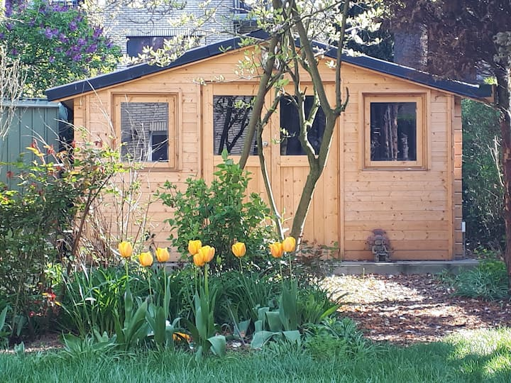 A wooden house in the garden @ Left Bank