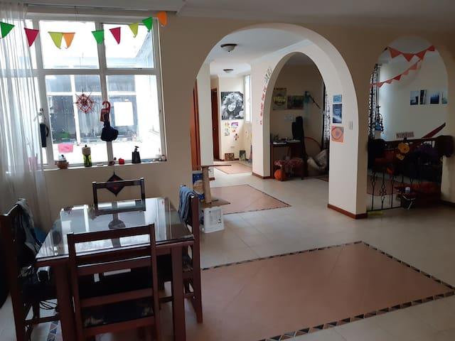 Habitación doble, Casa Serendipia -cerca Unicentro