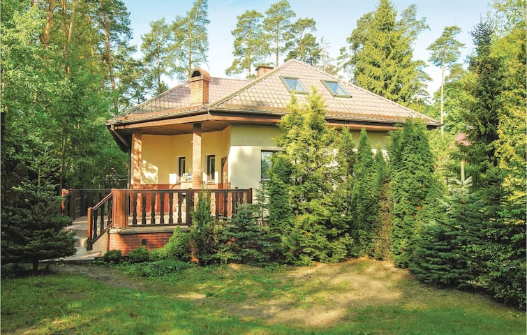 Holiday cottage with 4 bedrooms on 160 m² in Grunwald