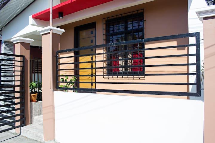 Batangas Room for Rent w/ free WIFI & Netflix