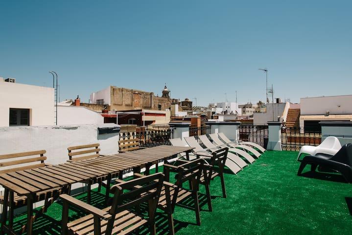 Rivero 1B centro-terraza comun-wifi-parking opc.