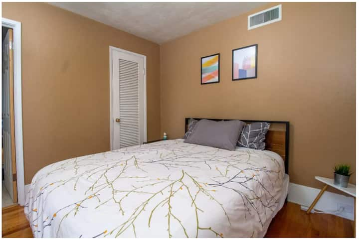 Private Room In 3 Bedroom House W Jack Jill Bath Houses For Rent In San Jose California United States