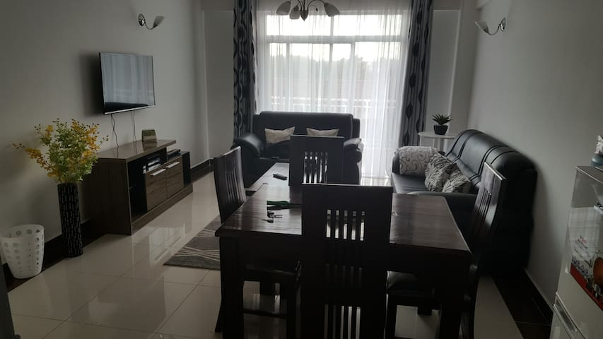 Cosy Fully furnished Kilimani apartment. - Nairobi - Apartment