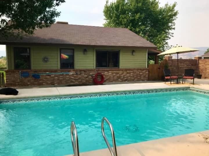Guest House-Ranch w/pool; Mt Biking~Hiking~Rafting
