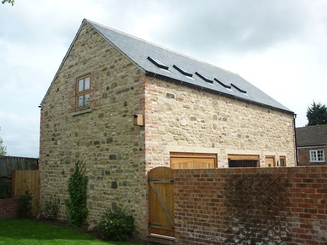 Carthorpe Barn Holiday Apartment - Carthorpe - Apartemen