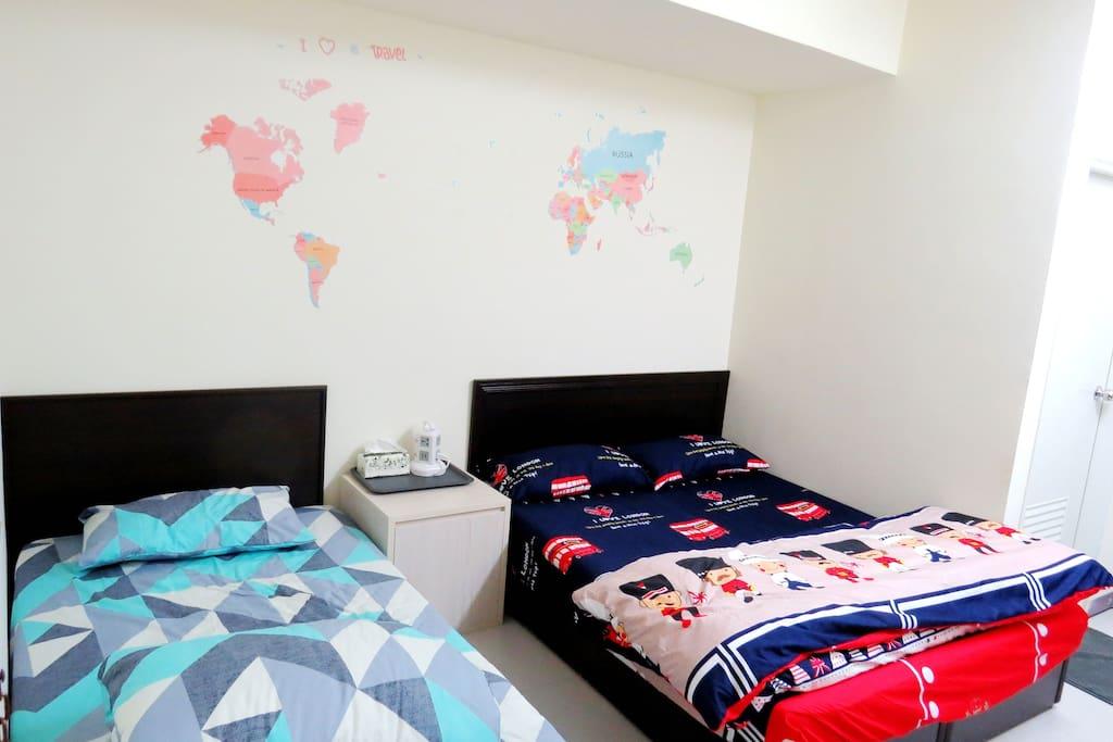 單人床single bed、雙人床double bed