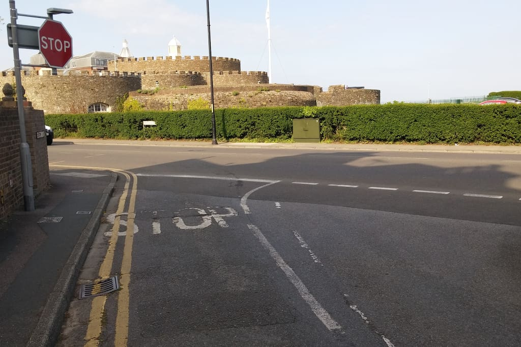 Walk a couple of minutes down to the end of our road to the nearby Deal Castle which leads to Walmer beach.