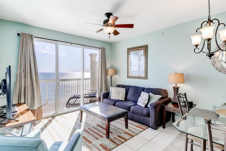 Gulf front penthouse condo w/ Gulf view, shared pools & hot tub, & beach access!